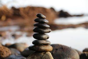 Rocks balancing on top of eachother outside